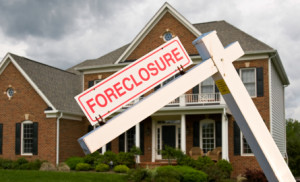 How Long Can and Should You Stay in Your Foreclosed Home?